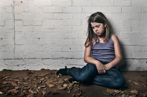 Bambina maltrattata